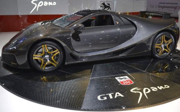 Snapshot-of-Geneva-Motor-Show-2013-in-Pictures_11-@-GenCept-700x437