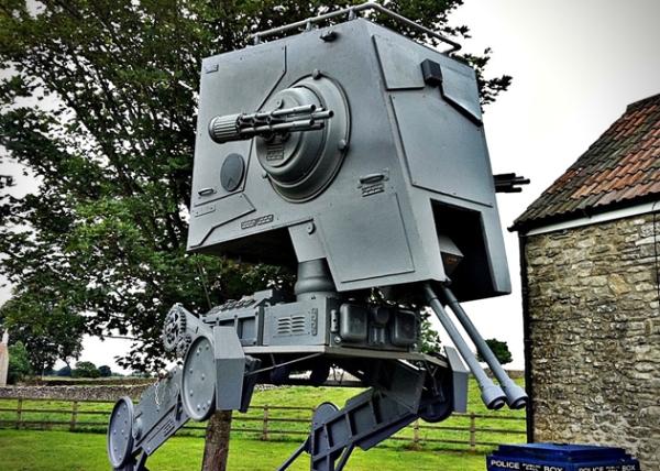 Star-Wars-Life-Size-ST-ST-Walker-Replica-0