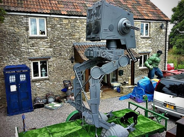 Star-Wars-Life-Size-ST-ST-Walker-Replica-4